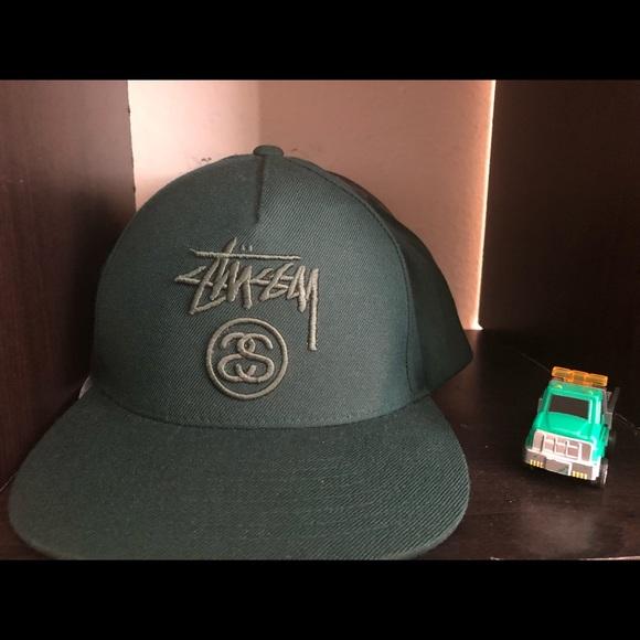 8b047829130 Stussy green SnapBack hat 🧢. M 5b67083a7c979dd72c9b4d3f